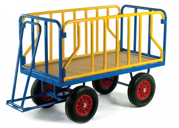 Turntable Trailer with Tubular Supports