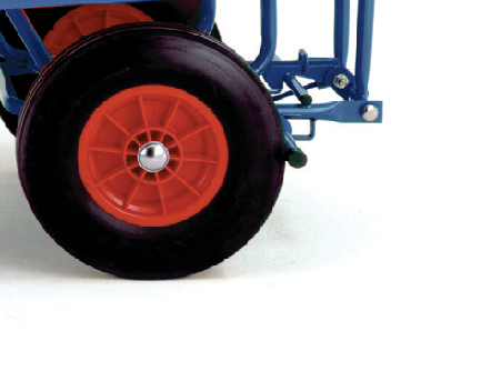 Turntable Trailers with Mesh Cage Supports