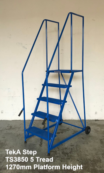 TekA Step TS38 Lift and Push Mobile Safety Steps - 5 Tread - 1270mm High