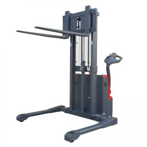 Powered Straddle Stacker